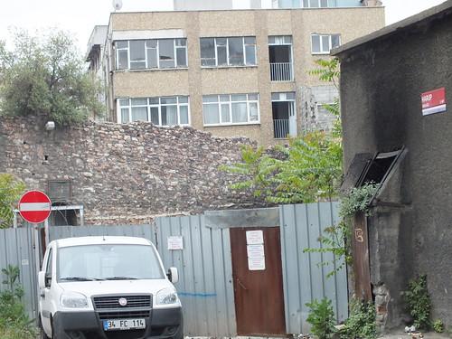 7166331332 017bfbeca5 A Genovai falrendszer nyomában – 3. rész (Rumli kalandjai Isztambulban – 16. rész)