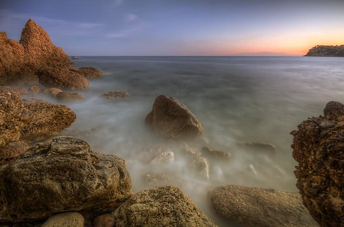 sunset sea sun mer seascape france beach nature water rock canon landscape photography eos bay coast soleil photo eau long exposure riviera pierre shoreline coucher sigma wave wideangle playa côte côtedazur paca explore shore 7d coastline provence 1020mm paysage vague plage var hdr rocher jetée baie carrylerouet bouchesdurhône littoral photomatix provencealpescôtedazur philippesaire