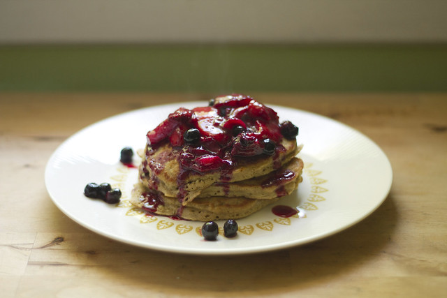 oat pancakes with compote