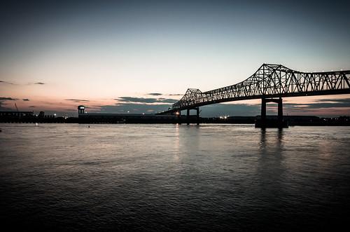 bridge sunset port river dock louisiana unitedstates batonrouge mississippiriver interstate i10 trussbridge downtownbatonrouge cantalevertrussbridge
