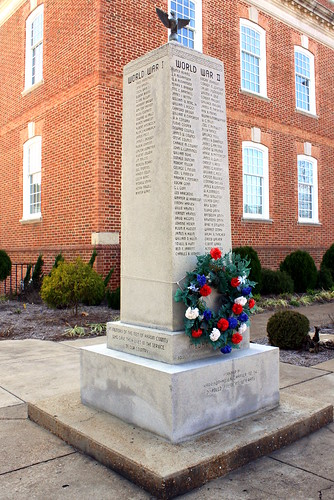 Hardin County War Memorial - Savannah, TN