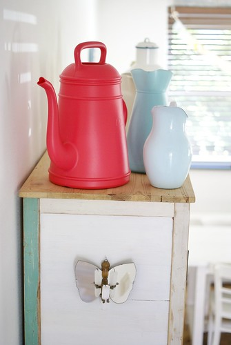 upper jugs by wood & wool stool