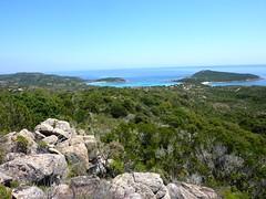 Descente du sentier de Rondinara : vue de la baie et de la presqu'île