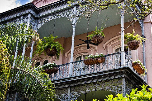 Hanging plants balcony a national historic landmark - Hanging baskets for balcony ...