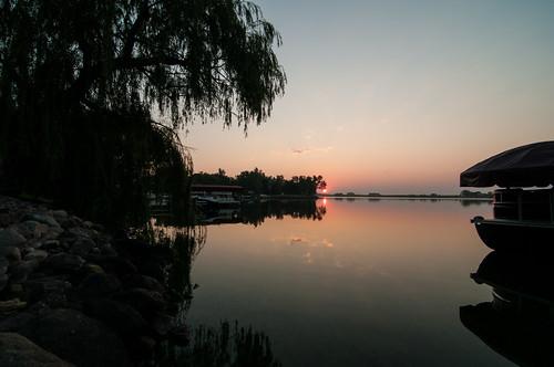 travel lake reflection water sunrise reflections nikon earlymorning mina ida shum d300 minalake idashum idacshum idacshumphotography