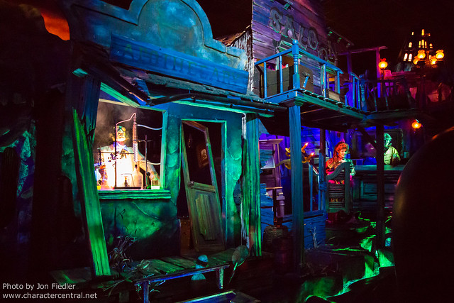DLP June 2012 - Visiting Phantom Manor