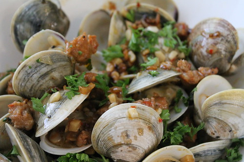 Clams with Chorizo and White Wine and Garlic