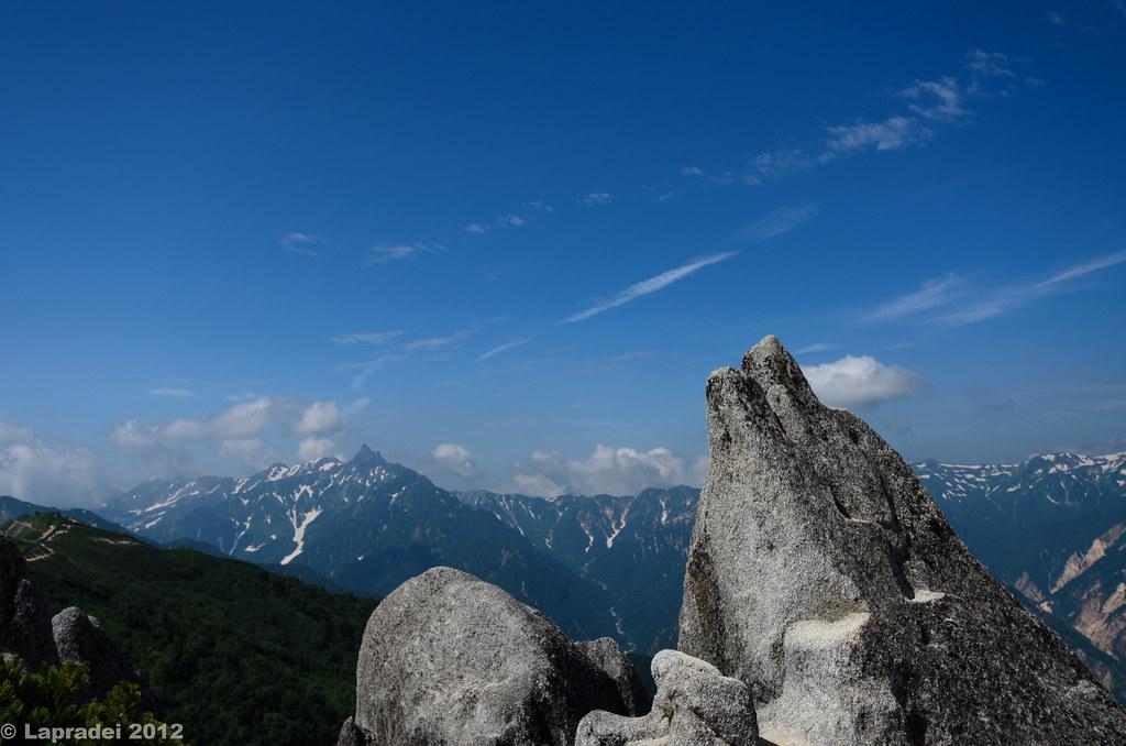 20120728 イルカ岩と槍ヶ岳