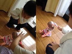 いとこのお姉さんの真似をして人形の髪をとかすよ^^ (2012/5/4)