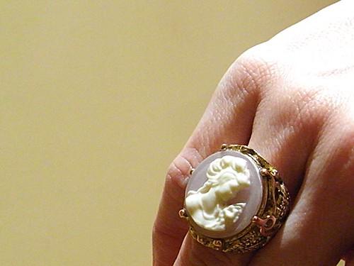 anillo camafeo