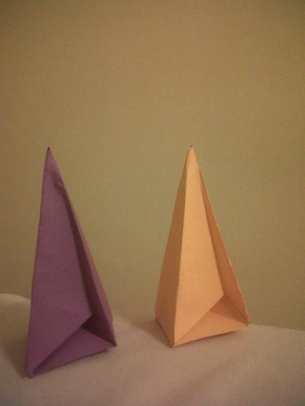 Nueva imagen del poliedro de Császár: Ricardo (@sleeping46) y Dani (@azulpensativa)