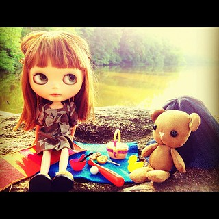 360.365: The most perfect lake side picnic with Apple & her Teddy <3  (5/25.Picnic #blytheadaymay )
