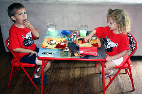 Kids-Table