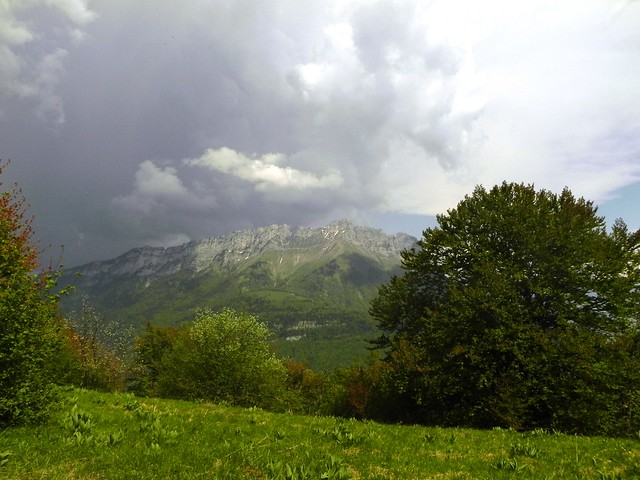 Arclusaz sous l'orage