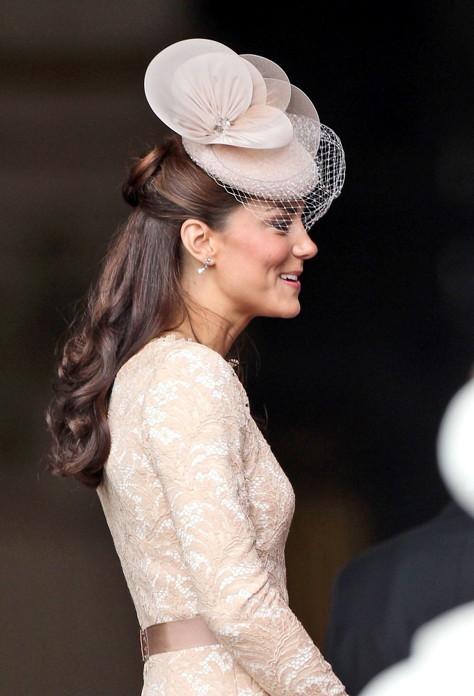 Thesourcherry By Sergeantkero The Many Fascinators Of Kate Middleton