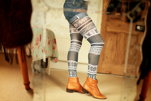 22.06.12 :: Feels like the Winteriest of Summer Days in @TightsPlease @Pamela_Mann Printed Fairisle Tights