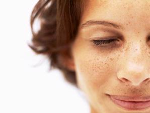 Cara Menghilangkan Flek Hitam di Muka