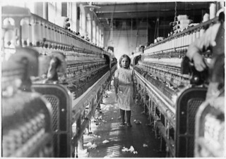 She was working steadily whe the investigator found her. The mills seem full of youngsters who just happened in or are helping sister, December 1908