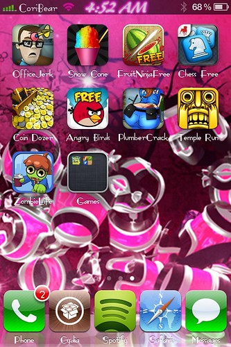 Screen shot of iPhone 4s jailbreak plus games