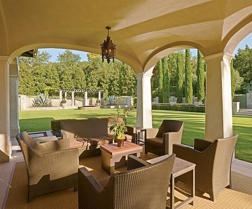 outdoor wicker conversation patio set