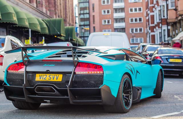 Lamborghini Murciélago LP670-4 SV