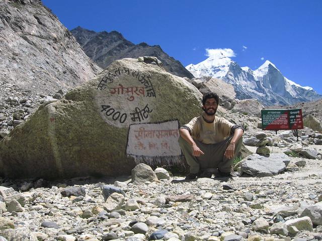A más de cuatro mil metros de altura, cerca de alcanzar el origen del Ganges
