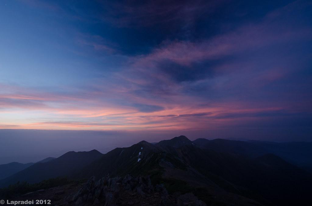 20120729 夜明けの燕岳