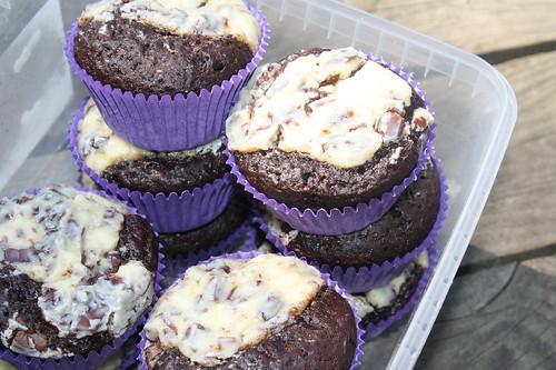 suklaa-tuorejuustomuffinssit