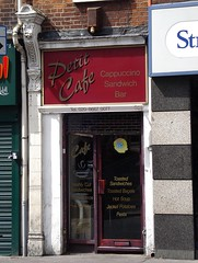 Picture of Petit Cafe, 74a High Street