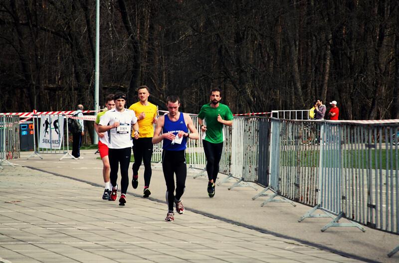Pusmaratonis8