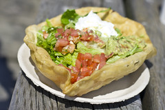 tostada, meal, breakfast, vegetable, food, dish, guacamole, cuisine, quiche,
