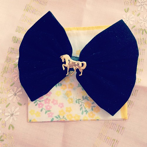 This bow reminded me of @lorzpet