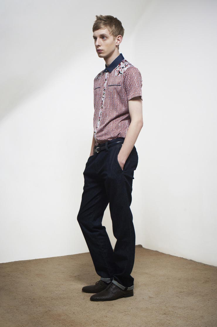Thomas Penfound0211_Agcatton SS12(Official)