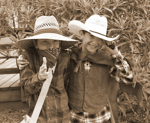 I and S gunslingers sepia