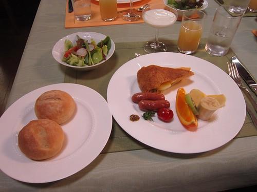 ペンション「優しい時間」の朝食 2012年5月27日 by Poran111