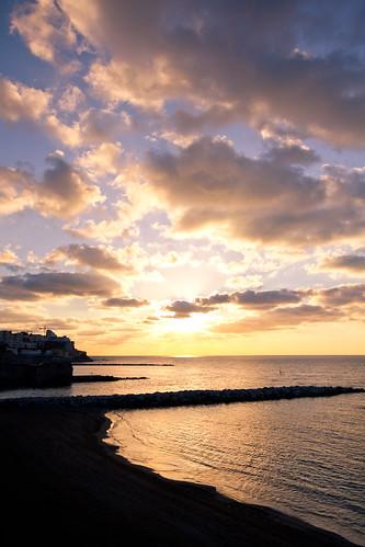 sea sky españa sun sol beach clouds sunrise canon mar spain europa playa amanecer cielo nubes orangesky ceuta sunlights 60d