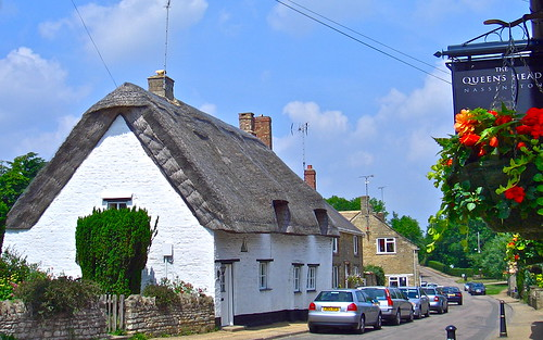 england english rural pub inn cottage northamptonshire thatch northants thatched queenshead nassington mickyflick