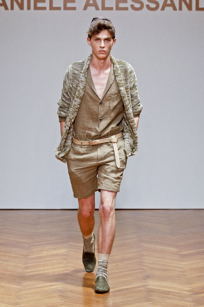 SS13 Milan Daniele Alessandrini023_Kamil Kawa(fashionising.com)