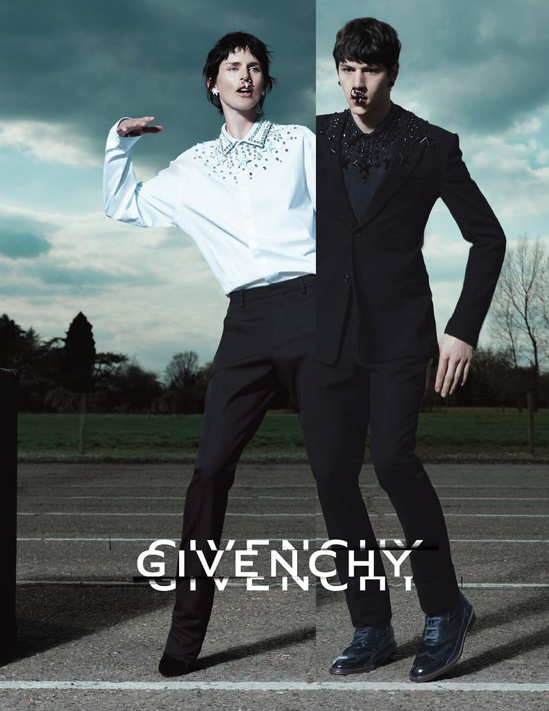 givenchy-fall-winter-2012-13-mert-marcus-03