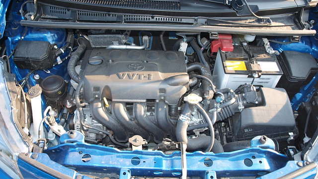 2012 Toyota Yaris SE 20