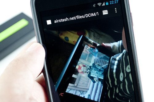 maxell AirStash Wi-Fi SDメモリーカードリーダー MAS-A02A