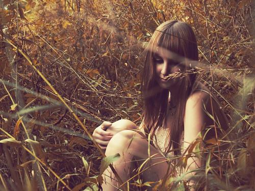 [フリー画像素材] 人物, 女性, 人物 - 草原, アメリカ人 ID:201207250600
