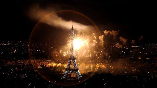 Feu d'artifice de Paris du 14 juillet 2012 depuis la tour Montparnasse