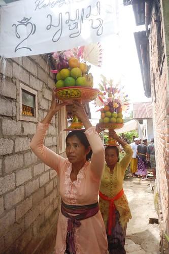 Bali-Funéraille hindoues-Procession (7)
