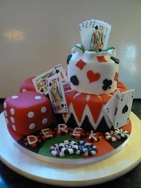 Gambling Themed Cake by Dee Zoellner