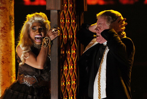 Nicki Minaj 2012 GRAMMY AWARDS 8