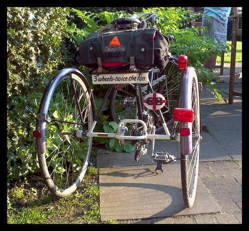 3 wheels twice the fun by rOcKeTdOgUk