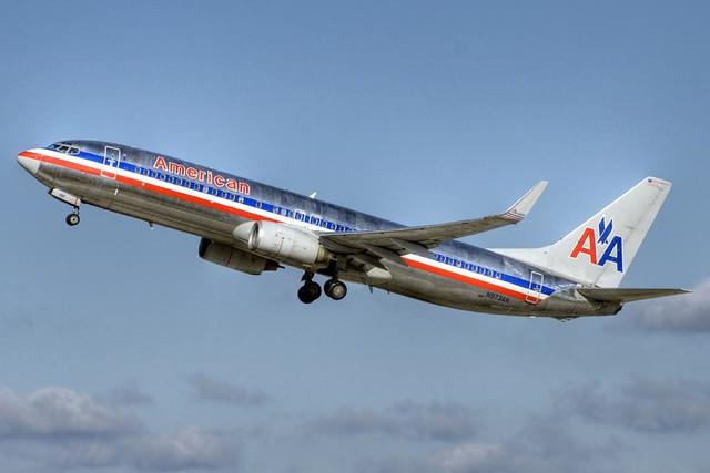 American Airlines Boeing 737-823 (N973AN)
