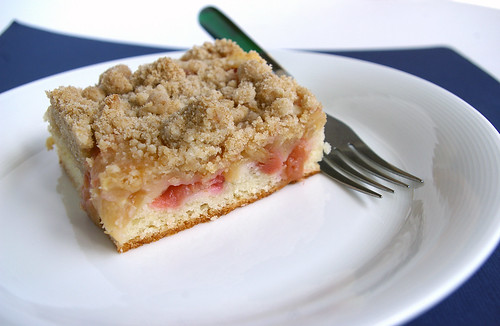 Rhubarb Snacking Cake I