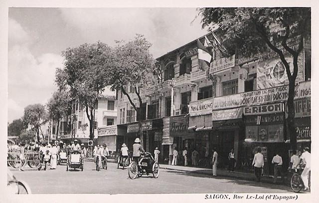 Saigon - Rue Le-Loi (d'Espagne), nay là Lê Thánh Tôn - Phía cửa Bắc Chợ Sài Gòn